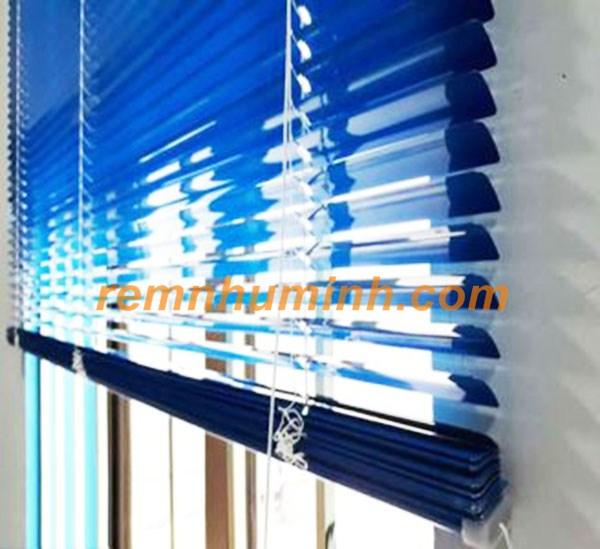 Rèm văn phòng tại Đà nẵng - Rèm nhôm màu xanh dương mã ST13