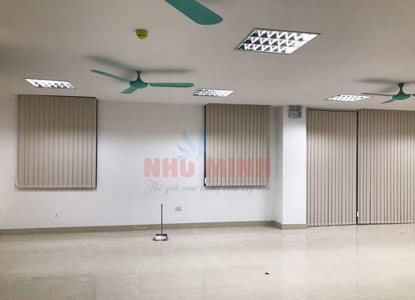 Rèm lá dọc Đà Nẵng - Mẫu rèm lá dọc màu trắng kem mã A704