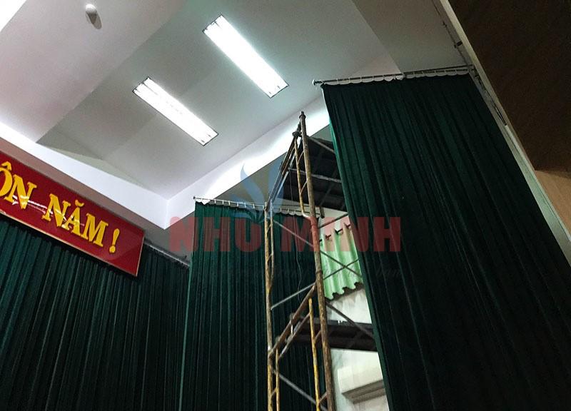 Công trình rèm hội trường màu xanh lắp tại bênh viện 199 Bộ Công An