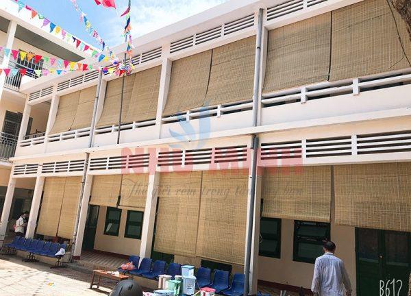 Rèm tre trúc lắp trường học tại Đà Nẵng - Che nắng mưa rất tốt.
