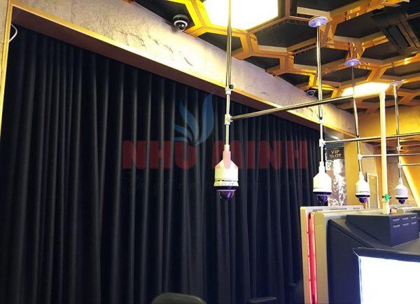 Màn rèm tự động tại Đà Nẵng - Rèm vải màu đen mã A11
