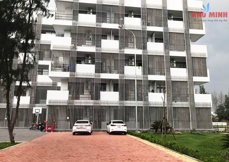 Như Minh lắp rèm cuốn tại Ký túc xá Đại học FPT Đà Nẵng